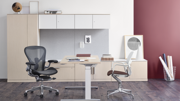3 Signs You Need a New Office Chair
