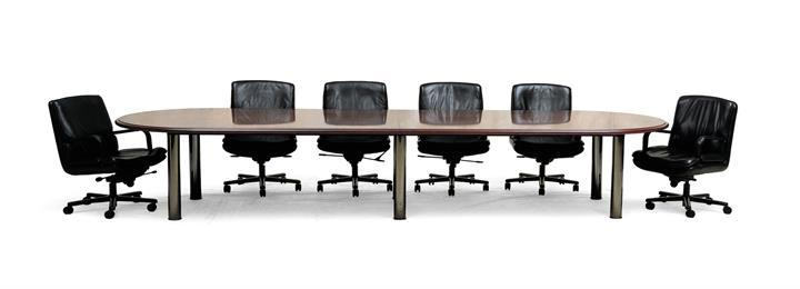 Quattro Racetrack Conference Table With Attache Chairs